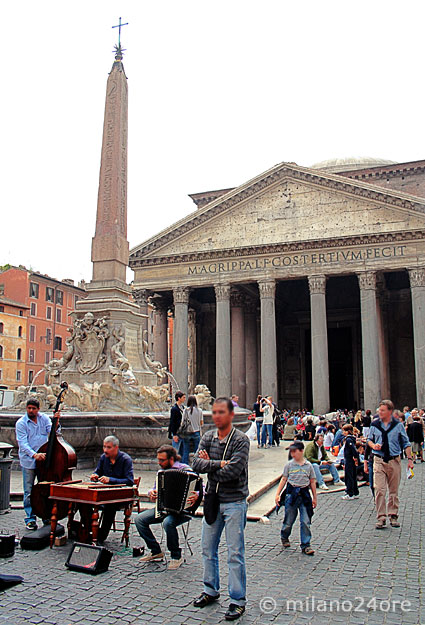 Obelisk am Pantheon
